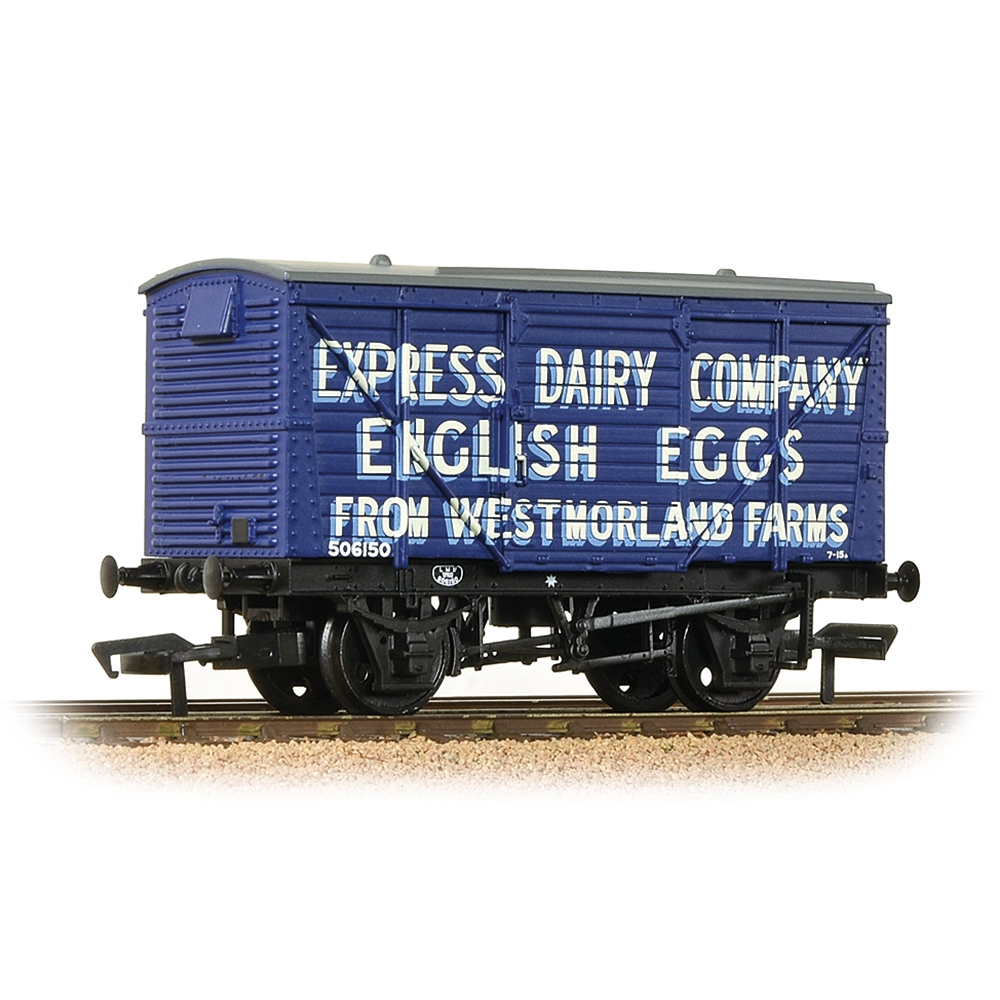 LMS 12T Planked Ventilated Van 'Express Dairy Co.' Blue