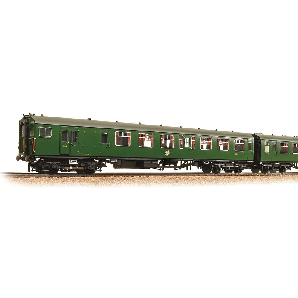 Class 411 4-CEP 4-Car EMU 7122 BR (SR) Green (Small Yellow Panels)