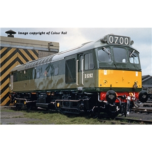 Class 25/2 D5282 BR Two-Tone Green (Small Yellow Panels)