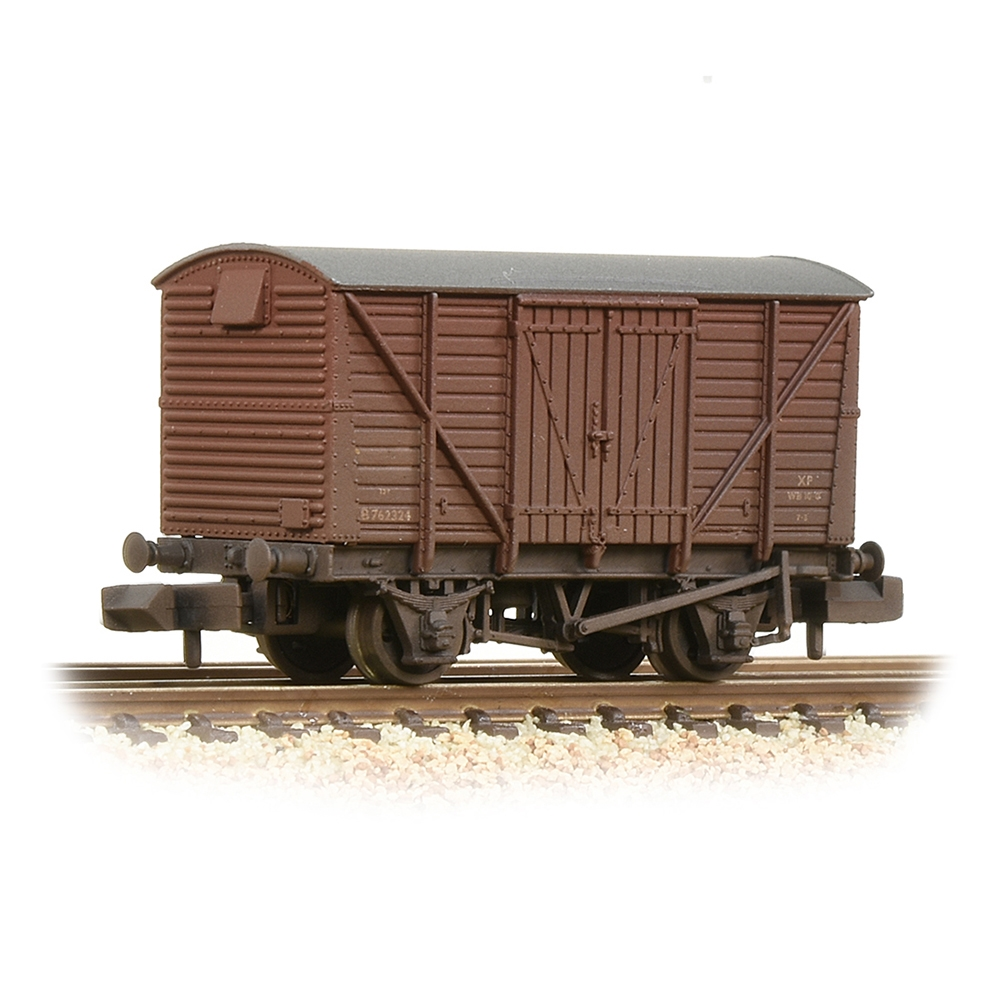 BR 12T Ventilated Van Planked Sides BR Bauxite (Early)