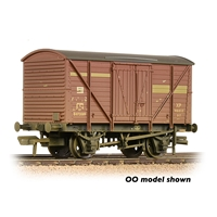 BR 10T Insulated Ale Van BR Bauxite (Early)